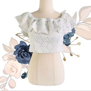 FOREVER NEW Broderie Anglaise Off Shoulder Crop